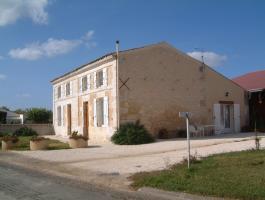 Chambre d'hôtes Charente Maritime près de Saintes et de Saint Jean d'Angély
